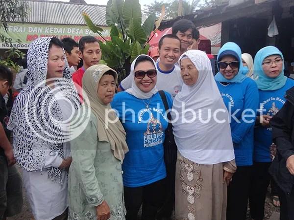 Ibu Nafsiah Dahlan Mengunjungi Desa Bahasa Ngargogondo