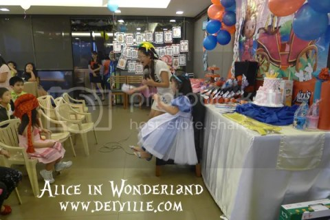 photo maxs-birthday-package-alice-in-wonderland-theme-03.jpg