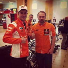 Marc Coma is in Lima! Despite he is out due to a shoulder injury, he will help KTM Team to make great results on the #dakar2013!