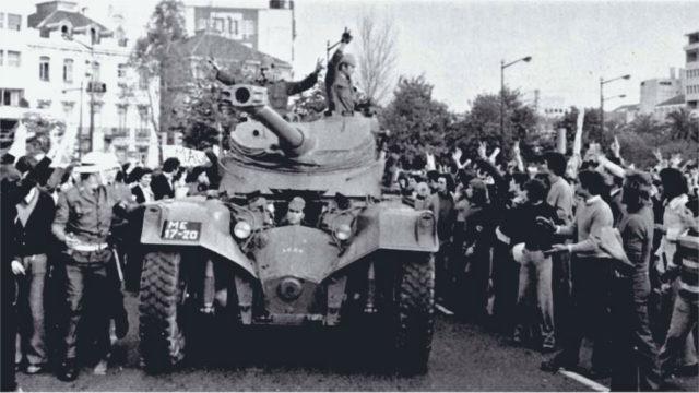 People-cheer-troops-Portugal060416