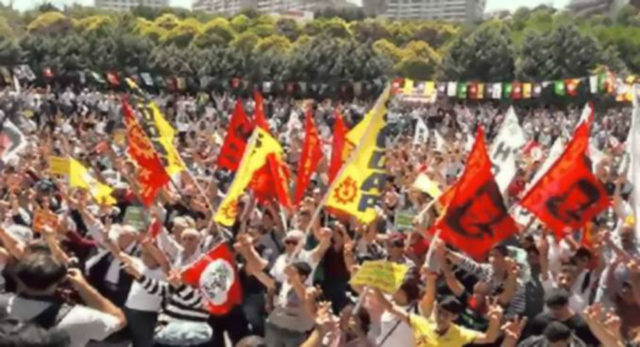 Peoples' Democratic Party (HDP) held July 23 rally in Istanbul, saying 'No to coups, democracy now.'