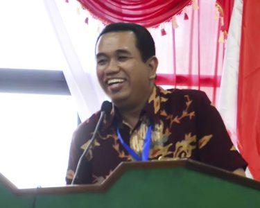 Dr. Ali Hasmy (Direktur Pascasarjana IAIN Pontianak)