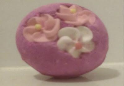 REVIEW: Lush Think Pink Bath Bomb