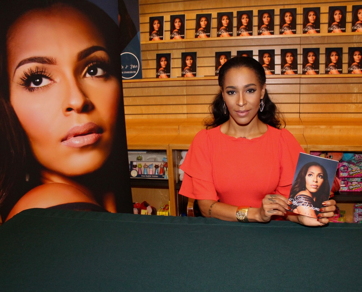 SOCIAL: AMINA PANKEY THE OTHER WOMAN BOOK SIGNING EVENT