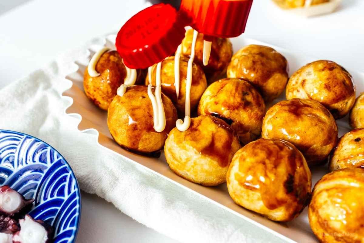 how to make takoyaki | www.iamafoodblog.com