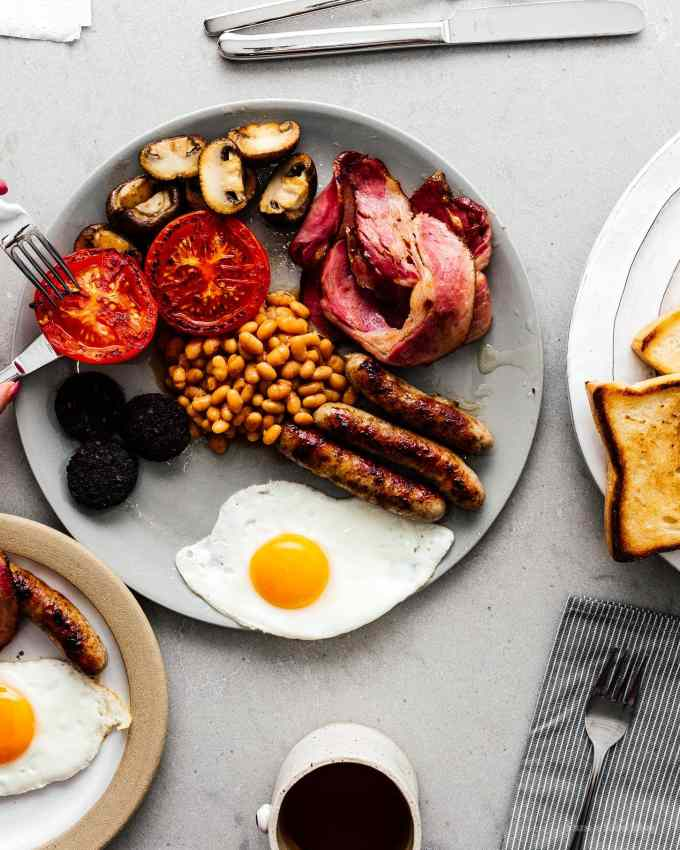 How to make a full english breakfast | www.iamafoodblog.com