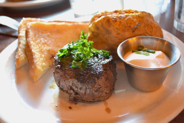 Monti's_Lunch Filet