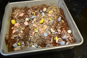 Cadbury Mini Egg Brownies_06