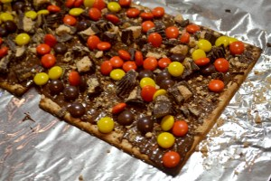 Peanut Butter Lover's Chocolate Matzo Bark_03