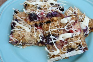 Fresh Berry White Chocolate Streusel Bars_02