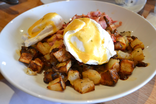 Tip Tap Room_Corned Beef Hash_01