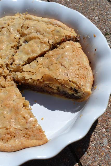 Kentucky Derby Chocolate Walnut Pie-1