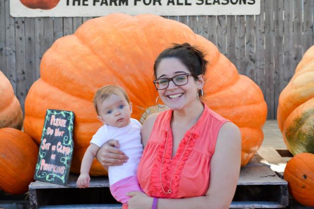 Applecrest Farm Apple Picking-3