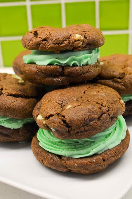 Chocolate Mint Chip Sandwich Cookies-1
