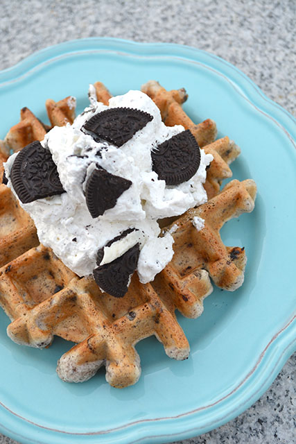 Cookies and Cream Dessert Waffles_04
