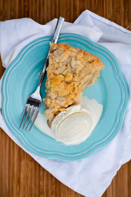 Struesel Topped Ginger Pear Pie-3