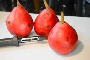 Struesel Topped Ginger Pear Pie-5