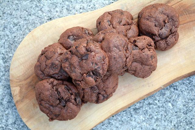 Chocolate Chunk Chocolate Pudding Cookies_01