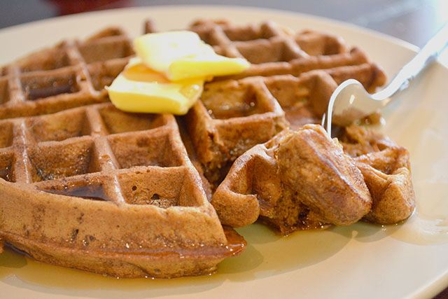 Gingerbread Waffles_03