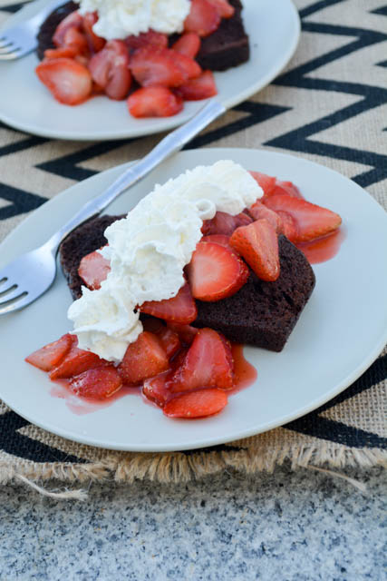 5 Minute Chocolate and Strawberry Shortcake-02