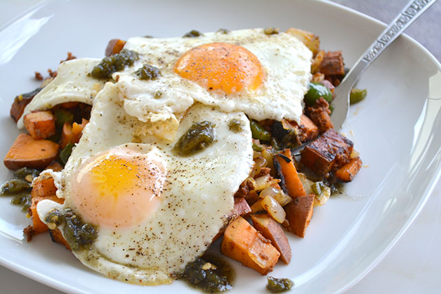 Chorizo and Sweet Potato Breakfast Hash_04