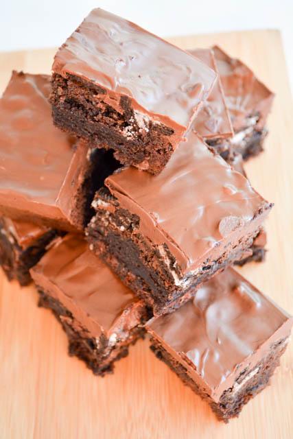 Oreo Crunch Brownies-02