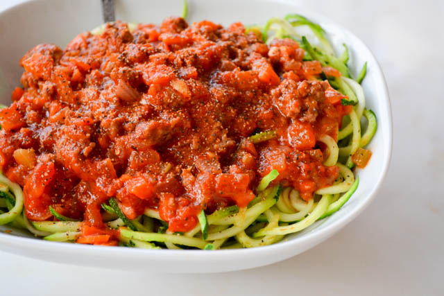 Quick Meat Sauce with Zucchini Noodles-2