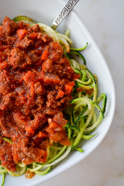 Quick Meat Sauce with Zucchini Noodles-4