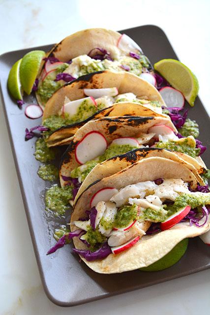 15 minute fish tacos w chimichurri sauce_02