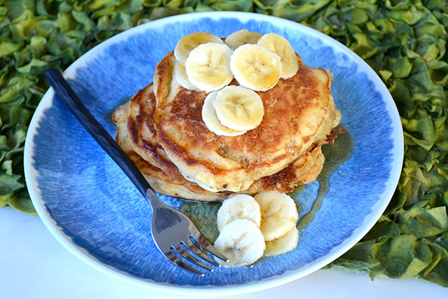 browned-butter-buttermilk-banana-pancakes_01