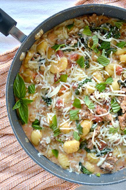 One Pot Cheesy Sausage & Spinach Gnocchi