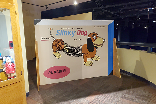 oversized display box of slinky dog at museum exhibit