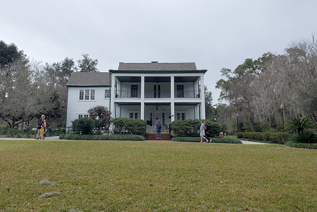 Harry Leu house at Leu Gardens