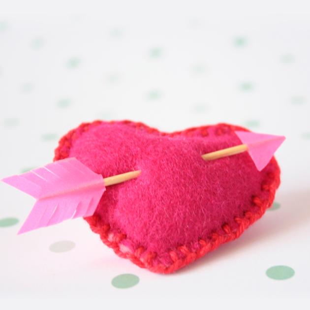 "DIY Valentine Heart, corazón para San Valentín. Visto en ""I am a Mess Blog"""