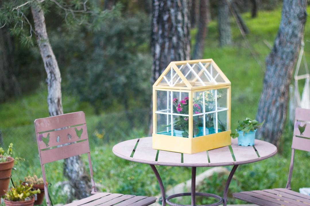 DIY min invernadero, visto en IamaMess Blog