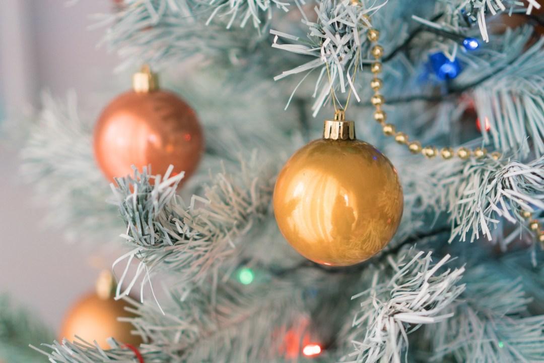"""Como pintar el arbol de navidad, visto en """"I am a mess blog"""""""