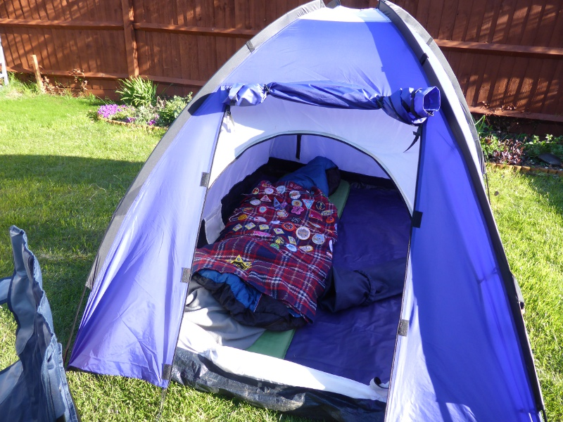 The quest for a new tent & The new tent - I Am a Polar Bear