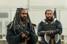 Khary Payton as Ezekiel, Cooper Andrews as Jerry- The Walking Dead _ Season 7, Episode 2 - Photo Credit: Gene Page/AMC