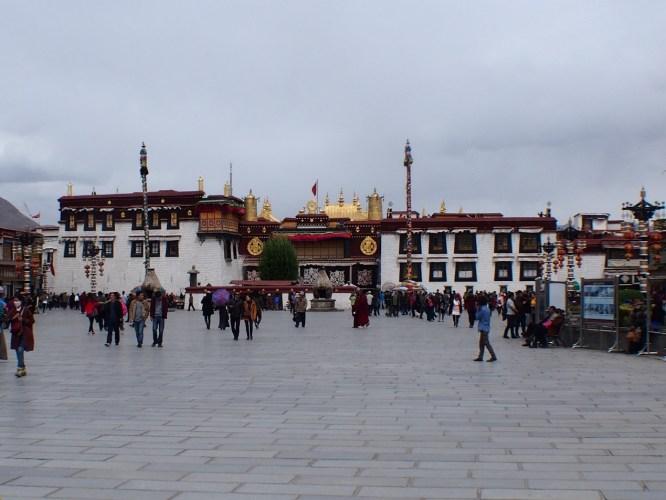 小布達拉宮—大昭寺—一個讓你質疑,為什麼?信仰可以這麼虔誠--風塵揚西藏遊記之九