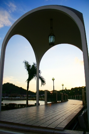 holy-arch.jpg