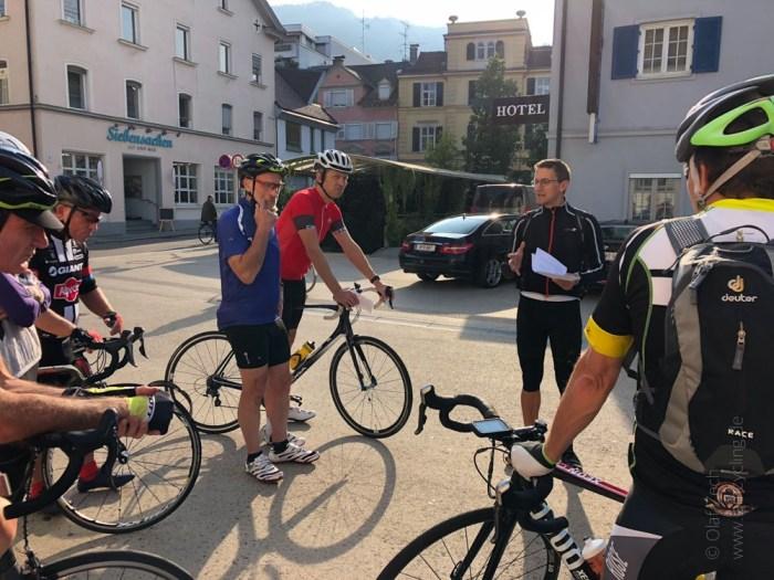 Rennrad Saisonfinale Bodensee: Vor der Abfahrt in Bregenz