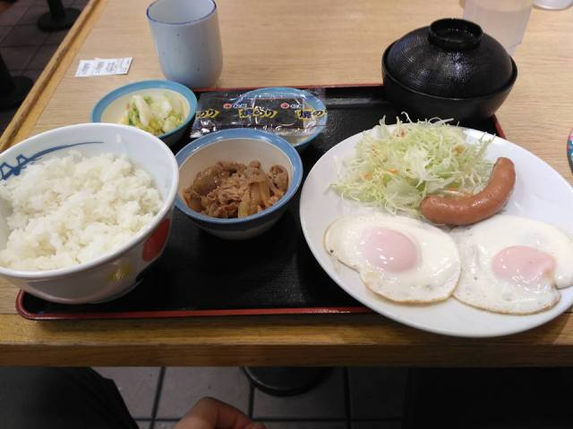 Hiroshima-breakfast-japan