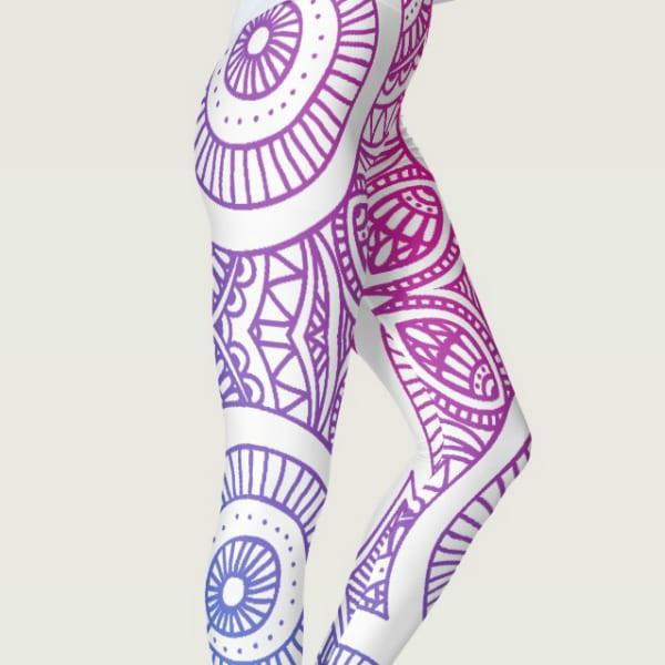 """""""Captivate Me!"""" Gradient Mandela Women's Leggings"""