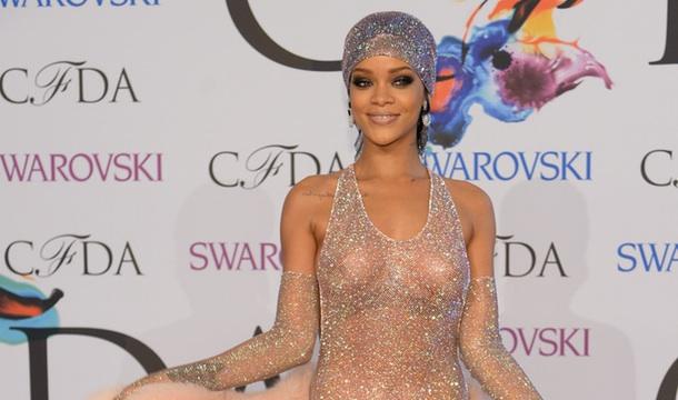 The-Designer-Behind-Rihannas-Dazzling-CFDA-Dress