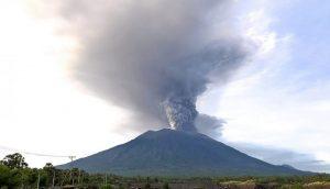 Mt-Agung-eruption-IAmInlovewithnature