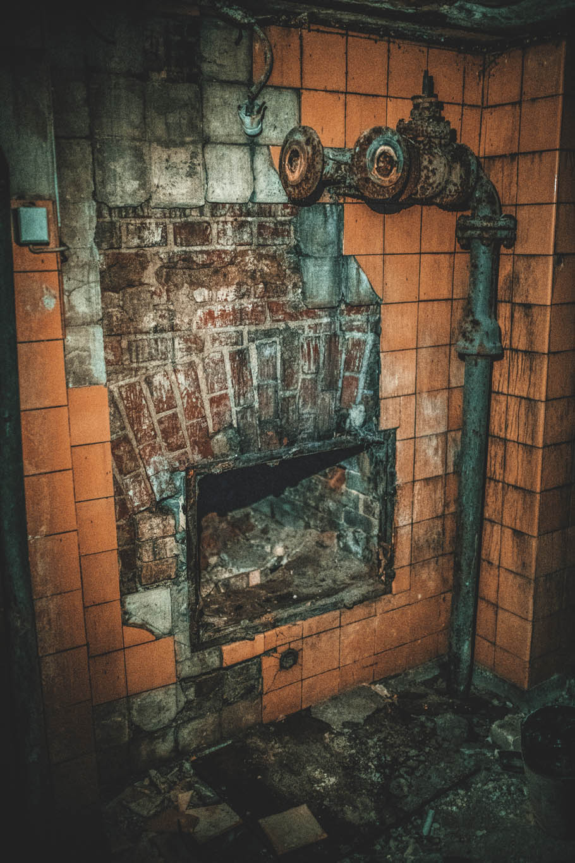 Altes Krematorium - Dessau (35)