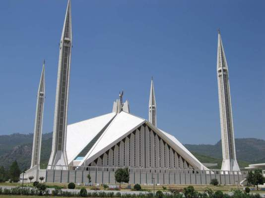 faisal-mosque-in-islamabad-pakistan