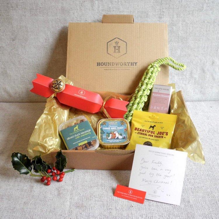 Houndbox Christmas Luxury Dog Treat Box (Personalised With Dog's Name)