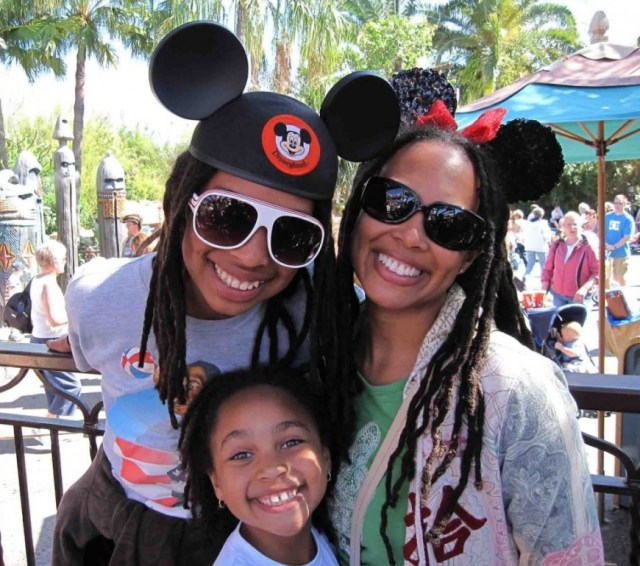 how to plan a trip to Disney world - http://iamsherrelle.com