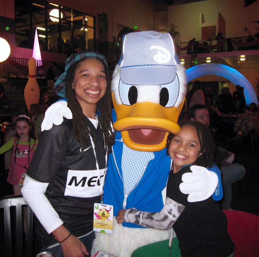 Disney World Social Media Moms 2010 - Donald Duck - http://iamsherrelle.com